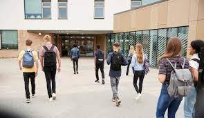 """""""Buat Para Mahasiswa Baru, Ini Tips Mengenal Lingkungan Kampus Tanpa Harus Mendatanginya"""""""