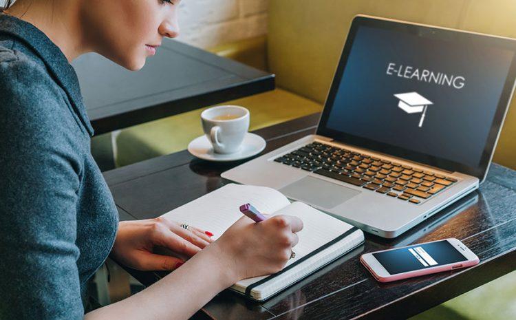 Tips Menjaga Kesehatan Mental Saat Kuliah Online