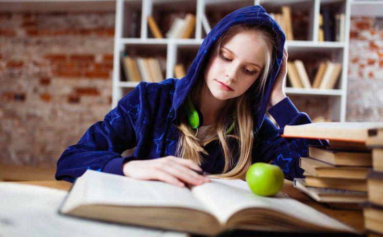 Buat Mahasiswa Berorganisasi Atau Belajar